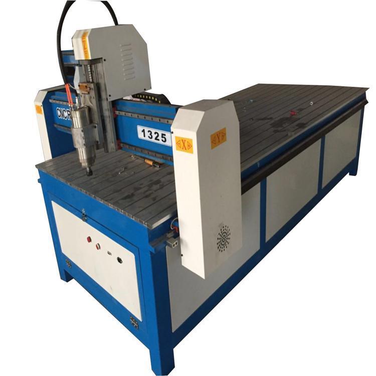 廠家批發1325數控小型木工雕刻機價格優惠 2
