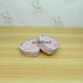 The heart-shaped tin tea packaging