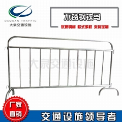 厂家专业定制可移动不锈钢铁马护栏