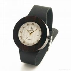 新款外贸热销时尚简约檀木真皮木手表