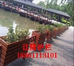江蘇常州河道沿口綠化花箱