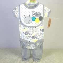 新生儿外貿套裝口水巾三角哈衣褲子三件套