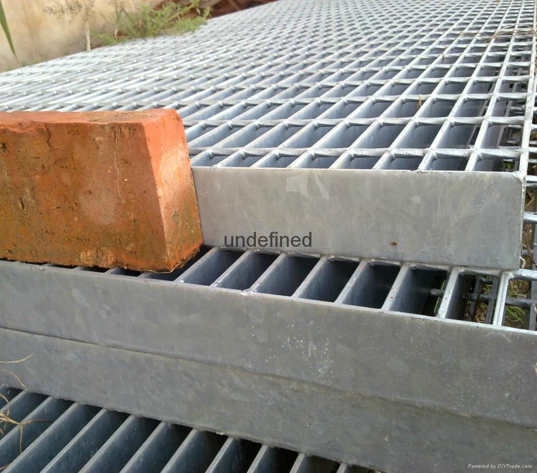 齿型防滑踏步板适用于石油工作平台 5