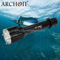 奧瞳 D22  LED 超強光戶外潛水手電筒