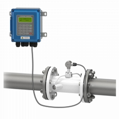 Ultrasonic Flowmeter Wall Mounted IP67 protection TUF-2000B Pipe Type Transducer