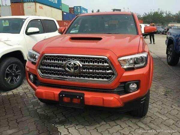 2015 Toyota Tacomas Hood Bonnet With Scoop Carbon 1