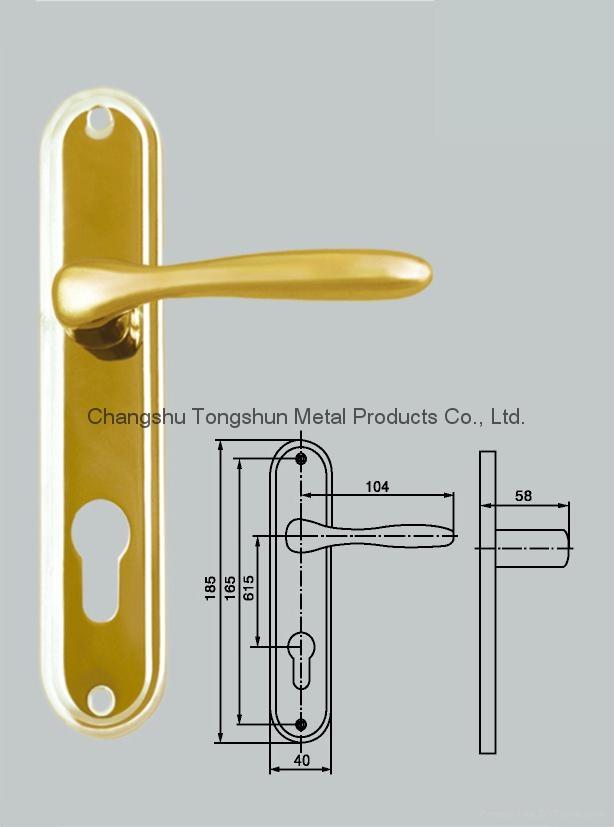 door handle on plate 3