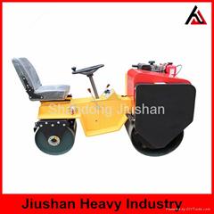 JS-YL-700J座駕式雙輪小型壓路機
