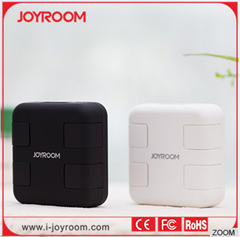 JOYROOM multi-nation travel adapter with usb travel charger