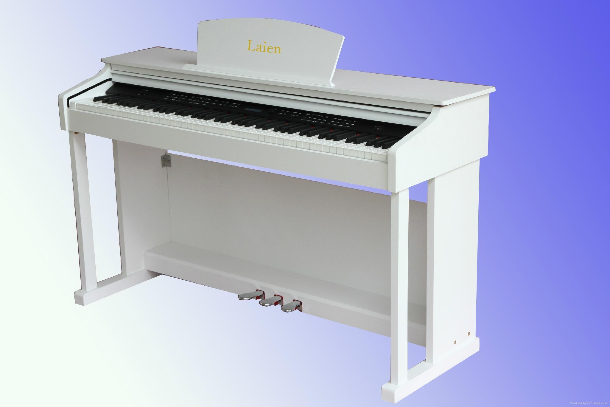 萊恩電鋼琴 4
