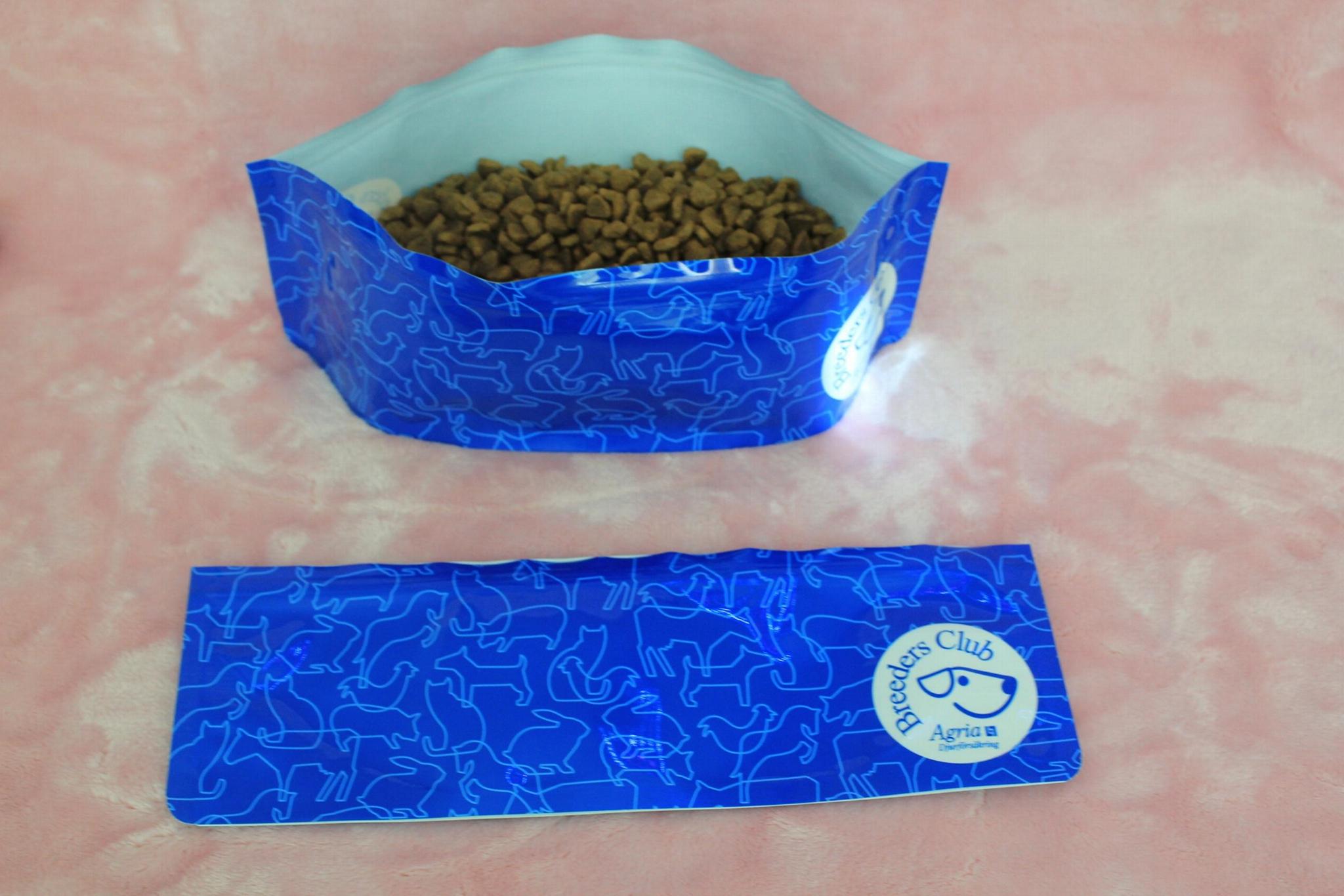 Folding Pet Self-Seal Water Bowl Pet Travel Zipped Collapsible Bowl 1