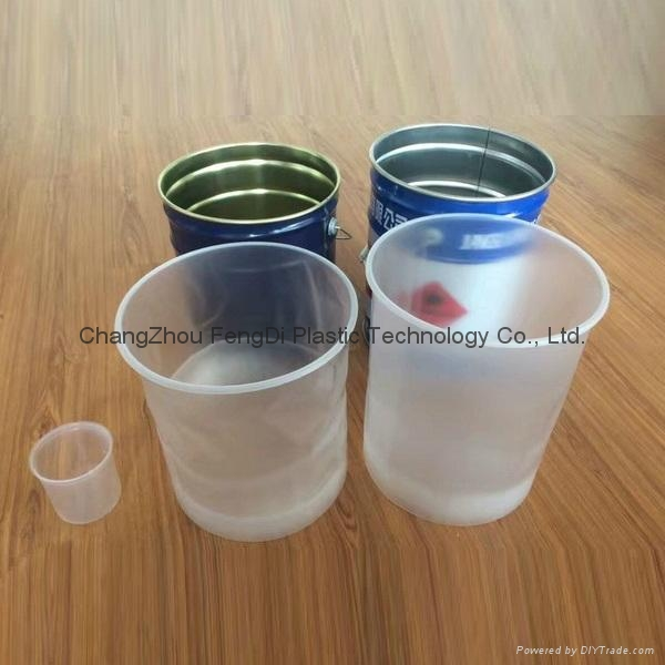 Plastic and steel pail liners 4