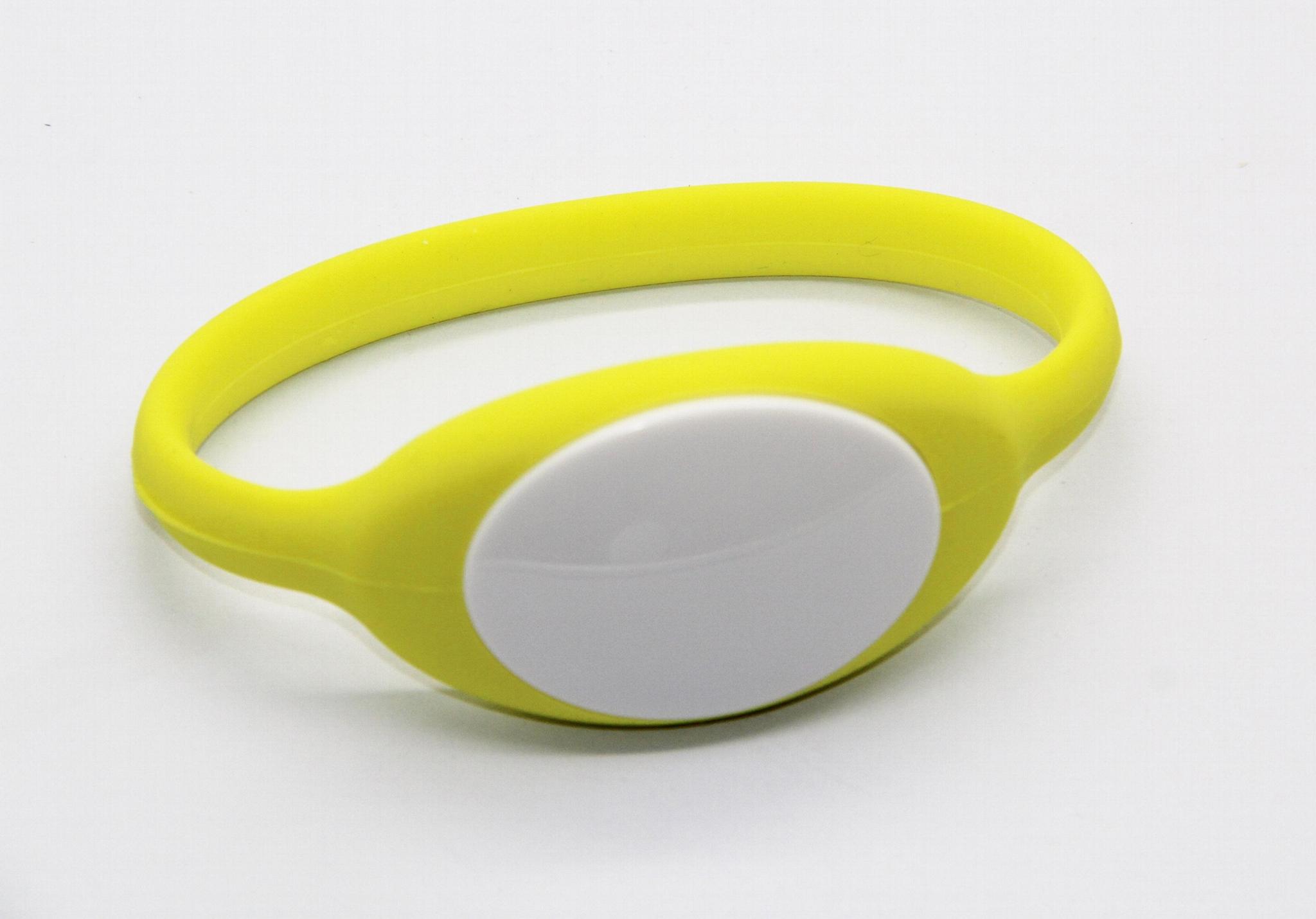 125KHz/13.56MHZ Proximity RFID Bracelets / Silicone Wristband 7