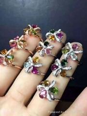 儷妃珠寶最新款碧璽三葉花戒指