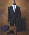 Custom Tailoring Virgin Wool men's Suit, Slim Fit