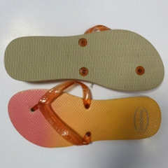 Customized slippers wholesale