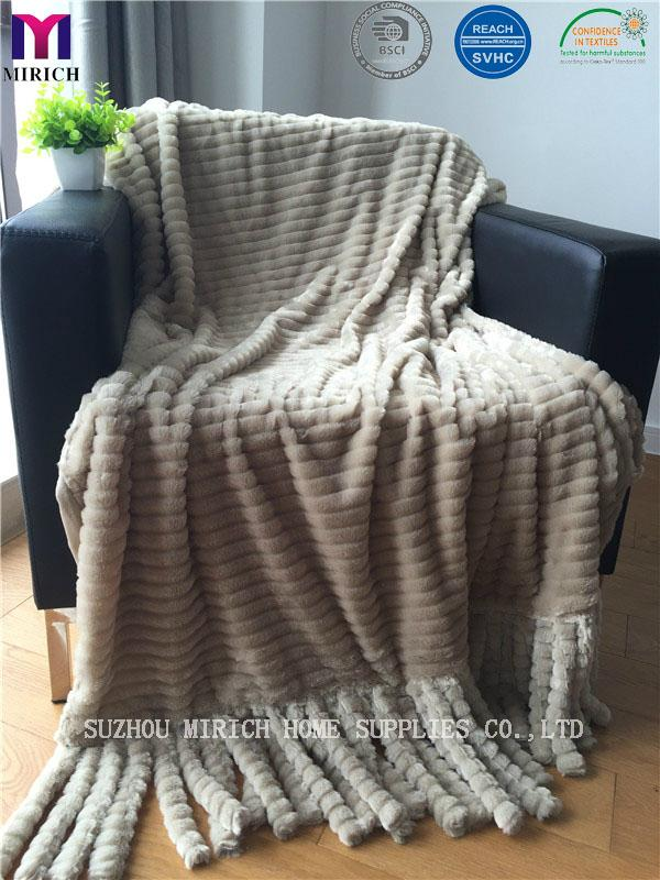 Two Layer Faux Fur Polyester Fleece Blanket With Tassels 1