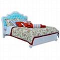 Kids pine wood bed