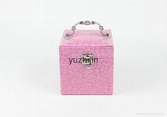 leather jewelry box with