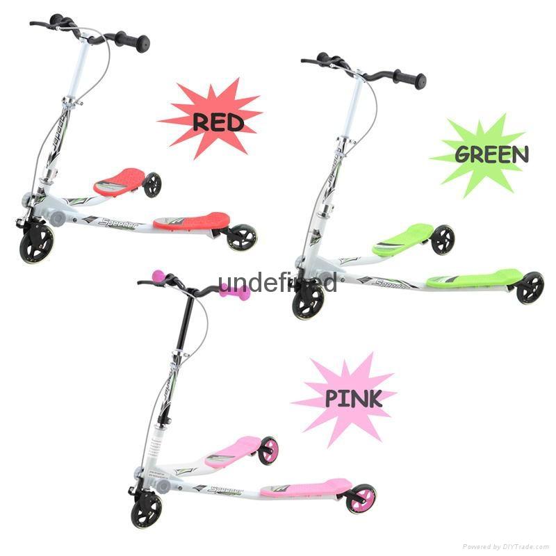 新款儿童滑板车 可刹车可飘逸调节双脚龙行车 1