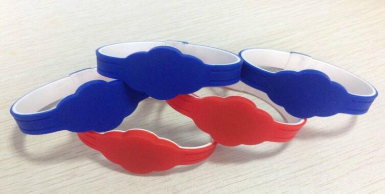 LF & HF RFID Silicone Wristband 1