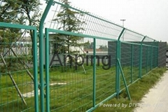 Welded Framework Wire Mesh Fence