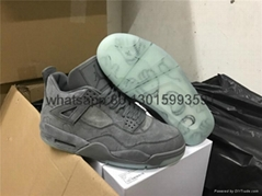 "KAWS x Air Jordan 4 ""Cool Grey"" authentic Jordan Black ""Cool Grey""with T shirt  (Hot Product - 1*)"