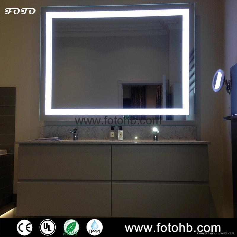 CE/UL/IP44 LED Backlit Illuminated Bathroom Mirror 4