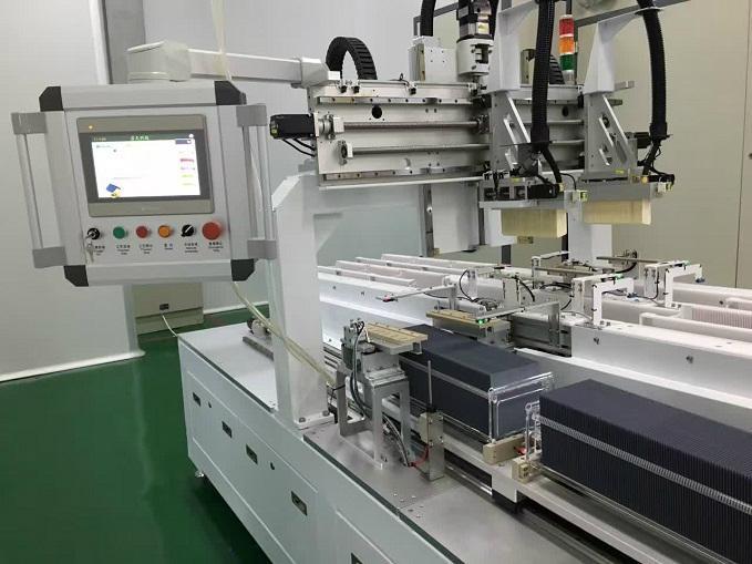 中國太陽能電池石英墨舟自動化擴散上/下料機集團 2