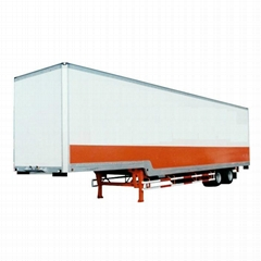 Dry freight semi-trailer