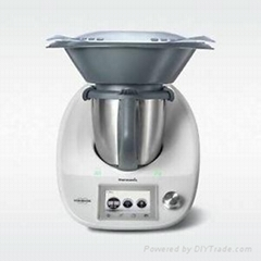 Thermomix TM5 + books and accesories