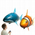 Air swimming fish remote control flying shark  5