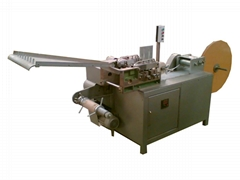 Cotton filling and spreading machine