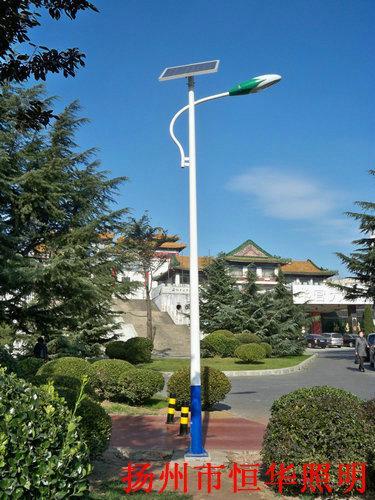 6米太阳能路灯厂家 4