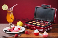 Nostalgia Electrics RCKM700 Mini cupcake donut machine
