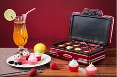 Nostalgia Electrics RCKM700 Mini cupcake