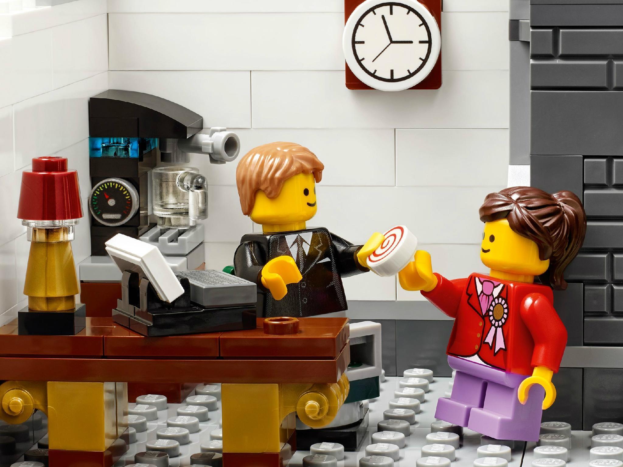 Lego Creator Expert Brick Bank Building Kit 2380 Piece United