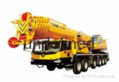 山东吊车厂家供应50吨车载小吊车