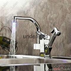 全銅LED發光感溫變色冷熱水廚房龍頭