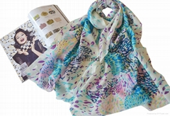 工廠定製批發70*180cm 冬季保暖時尚女士純羊毛印花圍巾