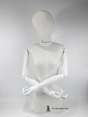 包布女半身模特配白色木手臂女装