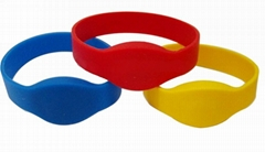 Quality NXP Mifare Chip rfid Silicone Wristband Manufacturer from China