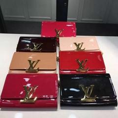 Wholesale LV Wallets LV Bag LV Backbag Louis Vuitton bags