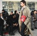 2017 NEWEST  Louiz Vuittoun supreme handbags men show pures luggage