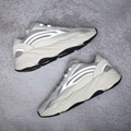 "Adidas Yeezy 700 V2 ""Static"" reflective 3M shoes grey Retro color sneakers"