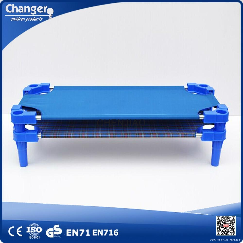 Durable Cheap Easy Building Children Furniture Stackable Plastic Kids Bed 2