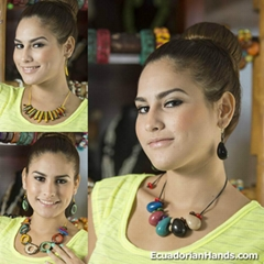 Set Necklace & Earrings