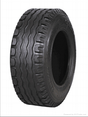 Implement Trailer tubeless tires 10.0/80-12