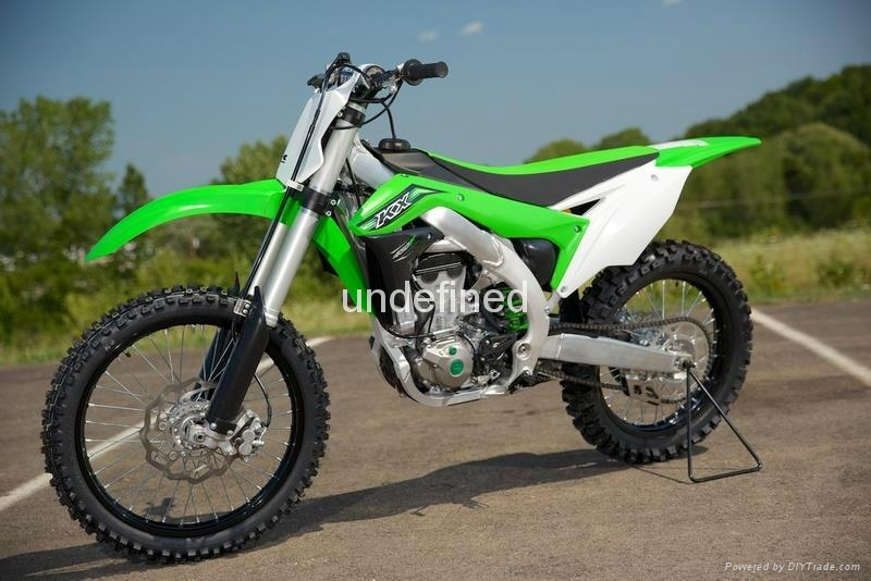 2016 Brand New KX 450F Dirt Bike  1