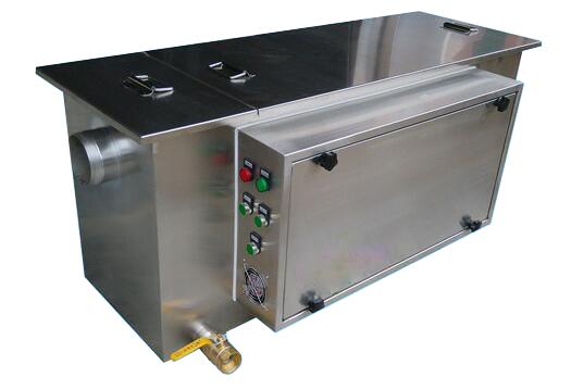 半自动油水分离器 4